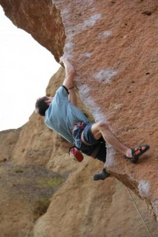 Micah Bishop on Chain Reaction, Smith Rock, Oregon