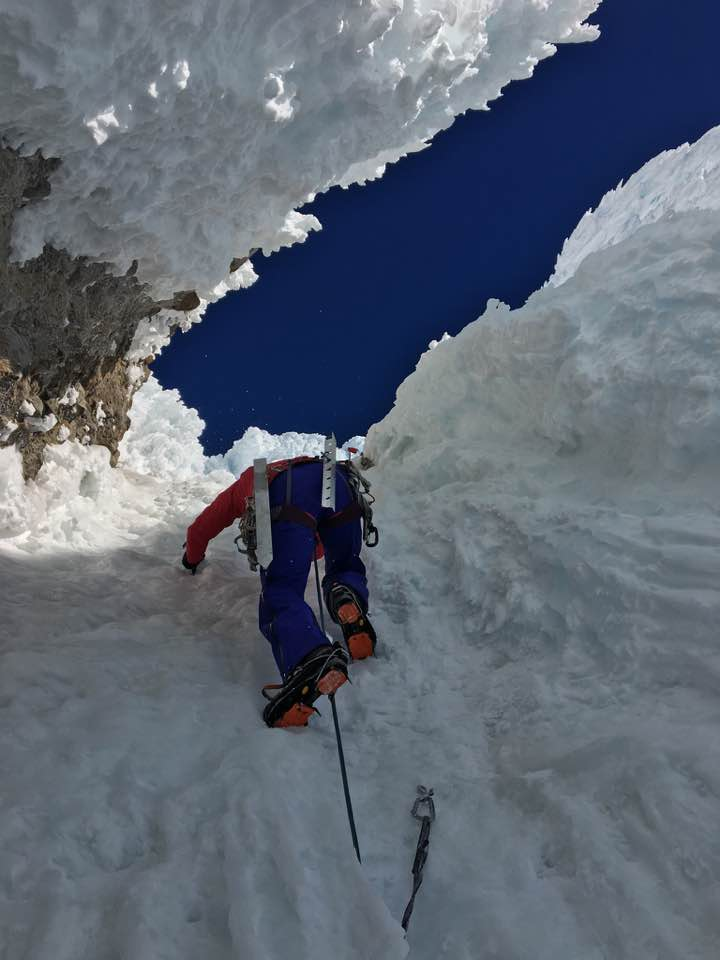 Trip Report Mount Hood Via Devil S Kitchen Headwall