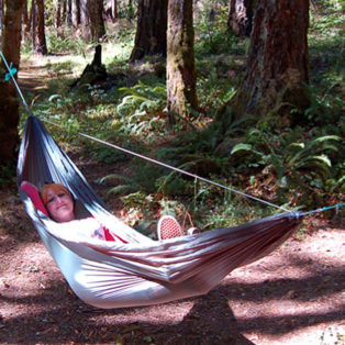 Video How To: Hang A Hammock