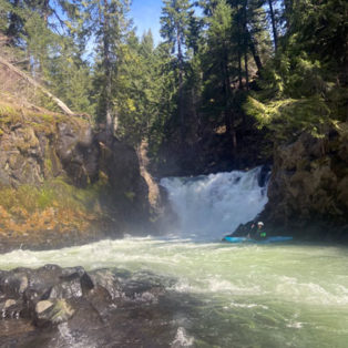 Trip Report: Whitewater Kayaking the Green Truss section of the White Salmon River